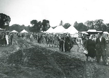 Oaklands park SSAFA (armed forces charity) fete, 1948