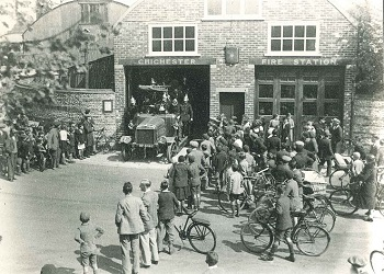 Fire engine emerging from station at Market Avenue, Caledonian Road, 1920 - 1930