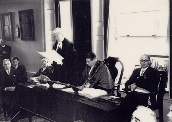 Chartres signing, 1959. Photo by William Pope