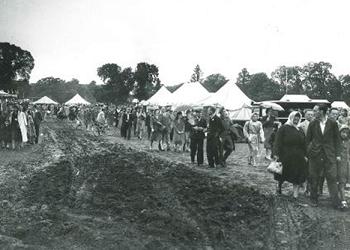 Oaklands park SSAFA (armed forces charity) fete, 1948