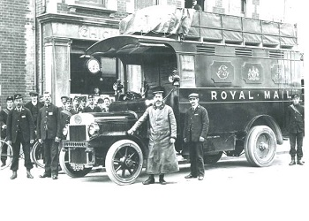 Royal Mail van outside South Street Post Office, 1910