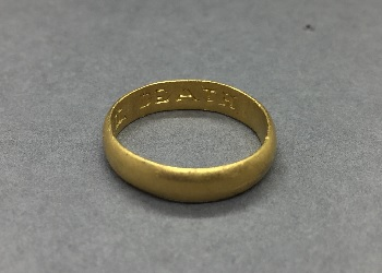 Thumbnail image of Group 8 - Gold ring - CHCDM:2016.8