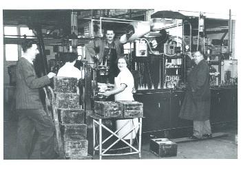 Inside Pinks Factory (P3144)
