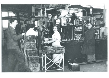 Thumbnail image of Inside Pinks Factory (P3144)